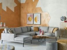 nowoczesny-salon-postaw-na-geometrie-i-pastele