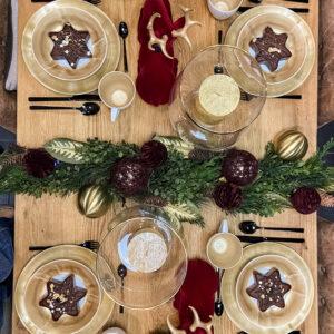 Aranżacja świątecznego stołu